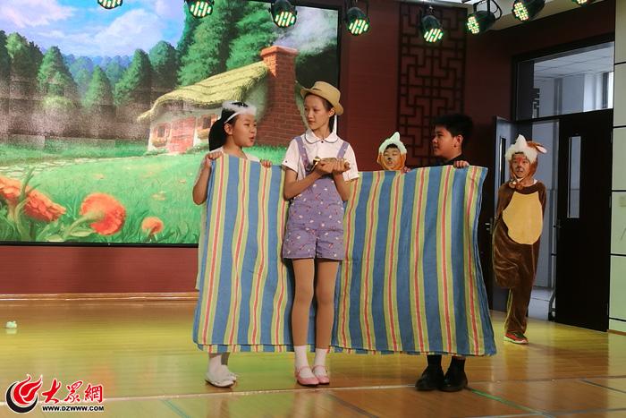 景山小学举行第一届英语节英语课本剧展演附属活动官网小学北京大学图片