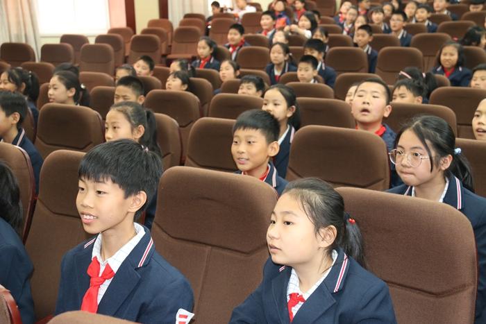 历山学校五年级开展经典名著竞答活动